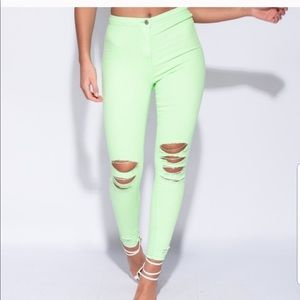 Denim - 💚NEW💚High Wasted Lime Jeans